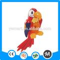 Venda quente de plástico brinquedos infláveis talking parrot