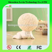 Lâmpadas 40 W venda quente bonecas de cerâmica e fibra sombra novidade forma boneca lâmpadas modernas