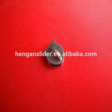Personalizado zíper deslizante com puxador de qualquer metal cor para revestimentos/sacos/vestuário