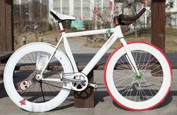 700c specialized fixed gear track bike
