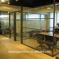 escritório porta sanfonada de vidro