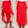 El último diseño rojo de encaje de tela para mujer de la falda larga