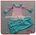 Ingrosso carrettieri prezzi bassi vestiti per bambini manica lunga Chevron t- shirt e triple volant mutanda vestiti del bambino