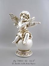 The angel polyresin figurine