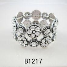 Fashion Popular Shining Crystal Bangle-B1217