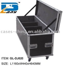 Aluminum LED lighting system case with caster