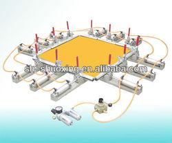 Screen stretcher, pneumatic mesh stretcher