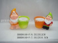 ceremic flower pot with gnome