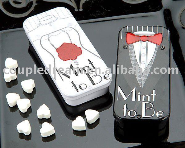 Bride and Groom wedding favor box