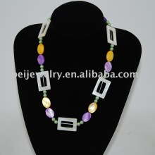 colored natural shell necklace jewelry manufacturer