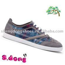 High quality New Style Fashion plaid Skate Shoes