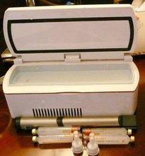 2-8 Celsius medicine holder for diabetics AC/DC/battery three power supply