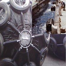 using ship to ship CCS LR standard fenders marine dock fenders