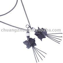 Fashion Black Leaf Pendant Metal Necklace