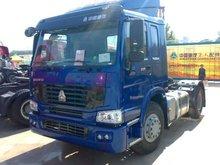 4x2 HOWO tractor head truck