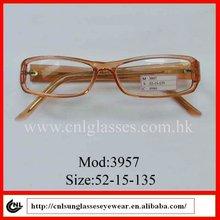 Venta al por mayor de moda barata de plástico especificaciones con varios colores 2012