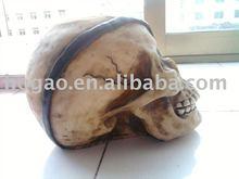 resin alien skull
