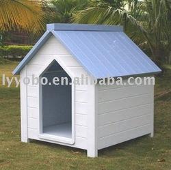 Good weatherability wooden dog house