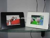 New!!! 5 inch digital photo frame