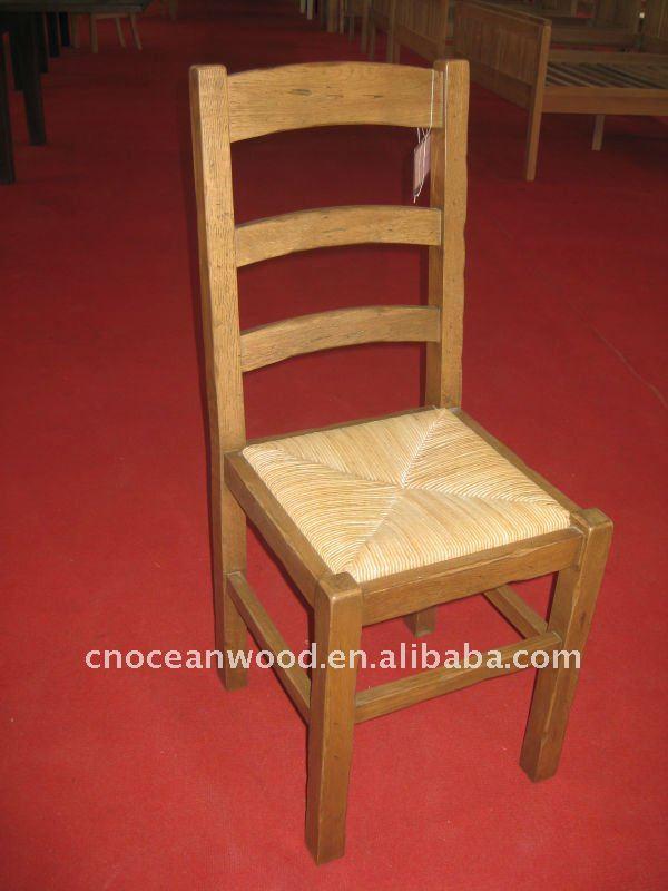 Cadeira antiga, Com palha assento