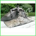 Abstracta escultura de bronce de la mentira de la figura clbs- a005