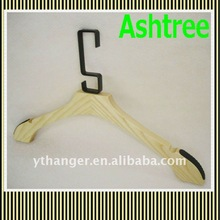 YT-61 natural special clothing hanger with logo on hook