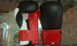 Thai model leather Boxing Gloves