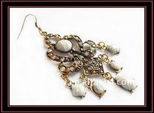 Hot!2012 fashion victorian style alloy chandelier earrings