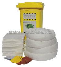 Oil absorbent spill kit