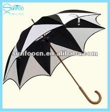 Sunfoo Maple leaf shape umbrella excellent workmanship