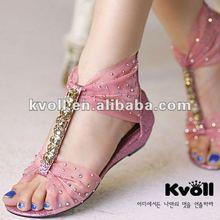 2013 flat sandal