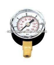 Standard pressure gauge with bottom brass connection