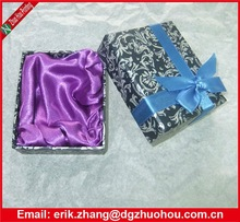 Fancy lid and base rigid box for jewelry lined with satin