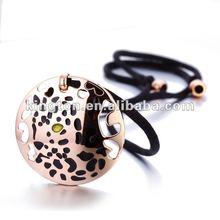 2012 Circle Pendant Leather Necklace