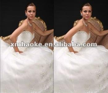 G0009 latest designer exotic long train lace wedding dress pattern for ladies