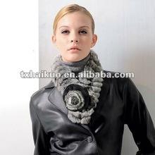 Ladies rex-rabbit fur scarf with flower shapes