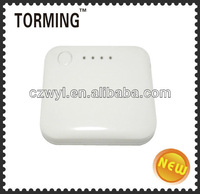 2000mah capacity and white color multiple mobile phone battery charger