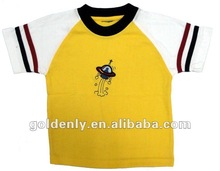 Popular Children's T-shirt with embroidery patch