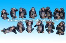 Mini polyresin monkey
