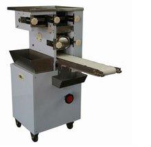 2012 sell like hot cakes macaroni making machine