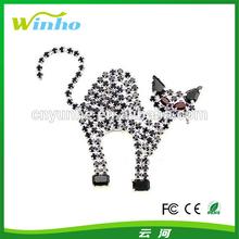 Winho flashing Halloween cat pin