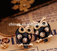 2014 latest fancy epoxy crystal black owl stud earrings jewelry