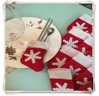 [JOY] Santa Silverware Bag , Santa Claus & Mrs. Claus Silverware Place Setting Holders