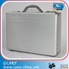 Business men's aluminum portable case/briefcase