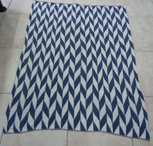 blue and white fashion design knitted throw