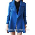 cielo azul de moda femenina capa