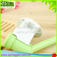 Pet water feeder pet drinking device/pet dog feeding kit/pet water bottle head
