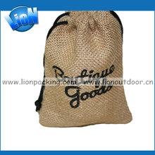 Logo branded burlap bag packing gifts