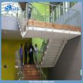 ramped'escalier en verre avec main courante en acier inoxydable