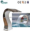 guangzhou fábrica de hacer agua de la piscina de la cortina de acero inoxidable cascada artificial de natación de la piscina